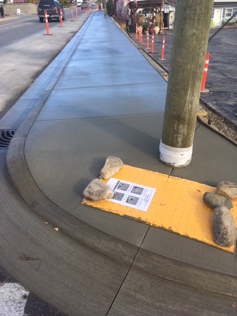 curb-sidewalk